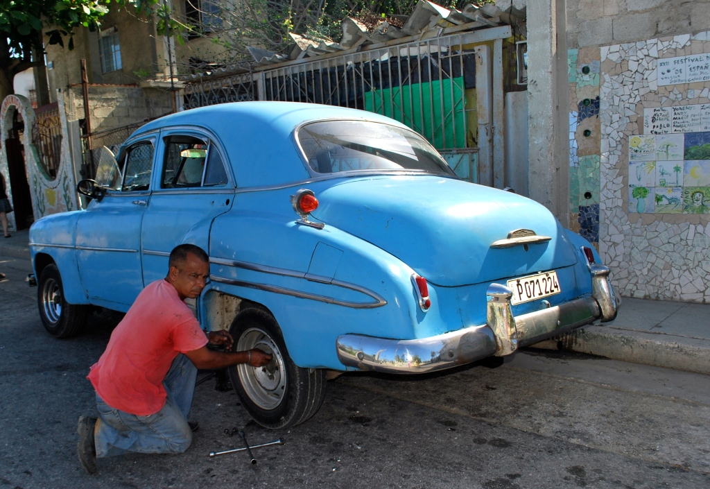 Car repaired in Cuba