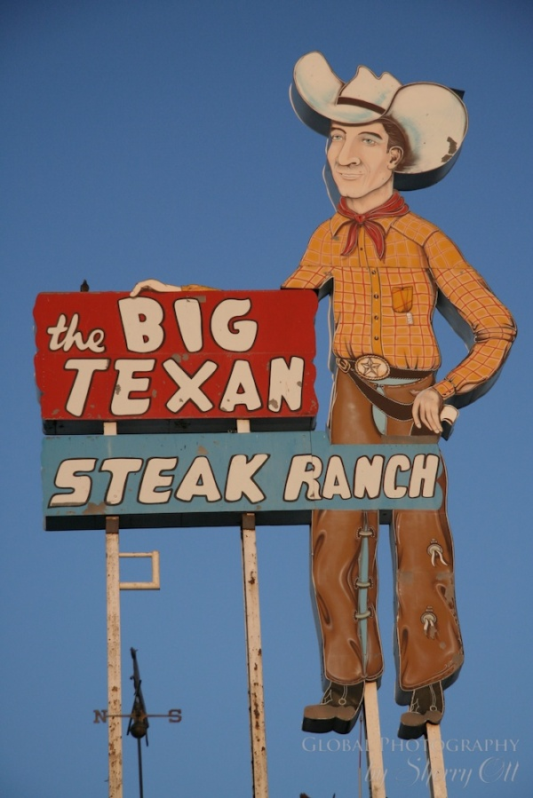 Big Texan 72 oz steak 2